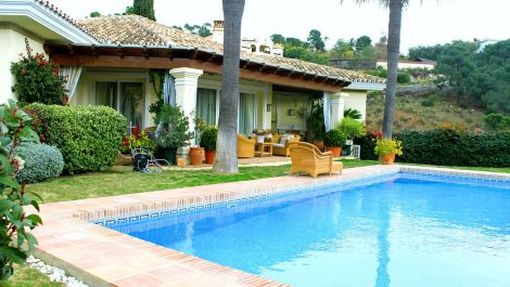 Villa de 4 dormitorios en venta en La Zagaleta – R3099523 en