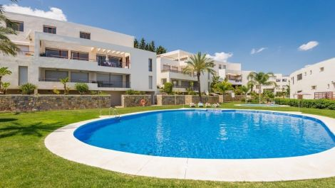 3 bedroom Apartment for sale in Los Monteros – R3095902