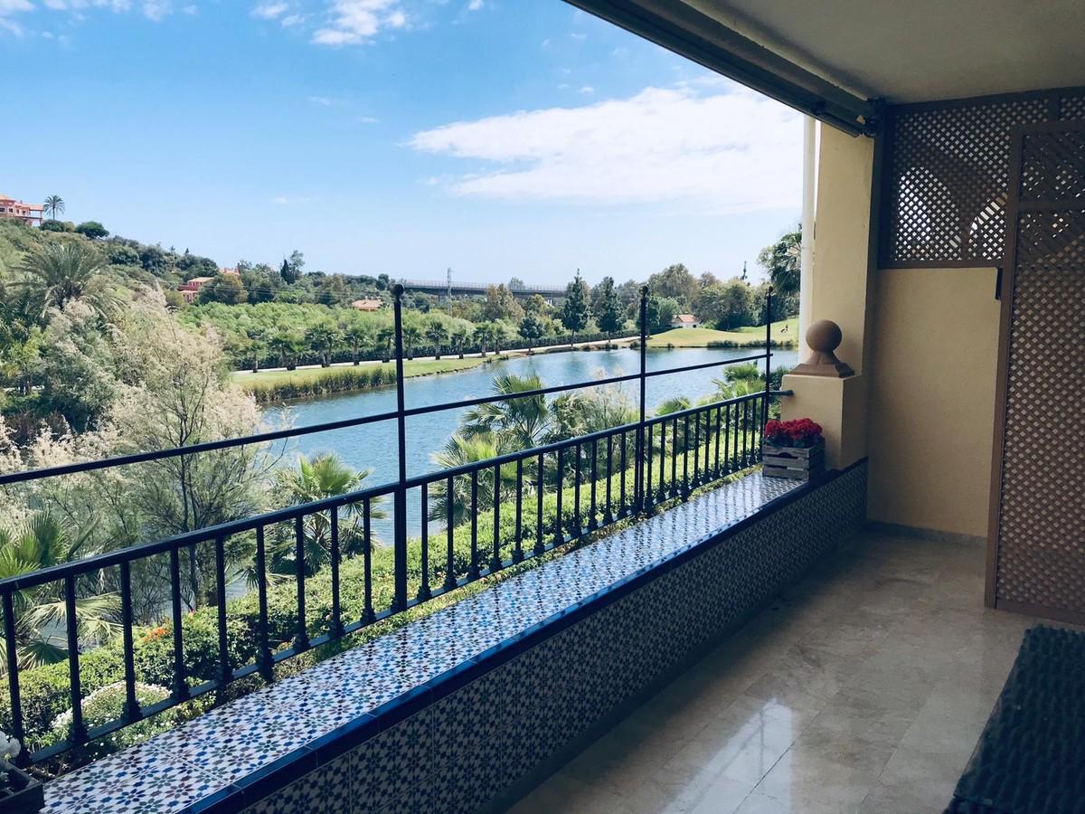 Apartamento de 2 dormitorios en venta en La Quinta – R3497746
