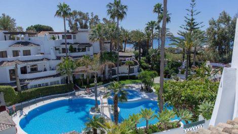 3 bedroom Apartment for sale in Elviria – R3484159 in