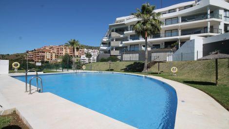 Atico de 3 dormitorios en venta en Riviera del Sol – R3404629 en