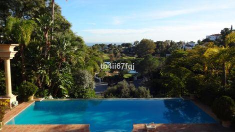 5 bedroom Villa for sale in La Quinta – R3395197