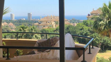 3 bedroom Apartment for sale in Elviria – R3650027