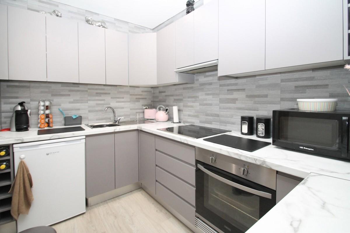 Apartamento de 2 dormitorios en venta en Milla de Oro – R3649628
