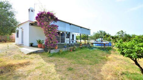 Finca de 1 dormitorio en venta en Estepona – R3660056