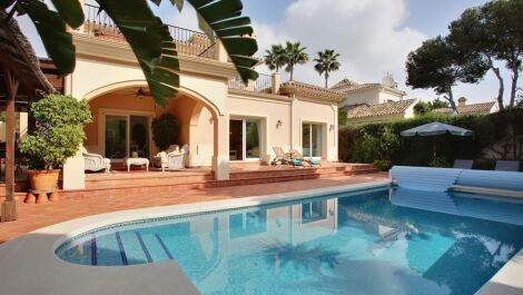 4 bedroom Villa for sale in Cabopino – R3628541 in