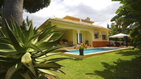 Villa de 3 dormitorios en venta en Marbesa – R3651224 en