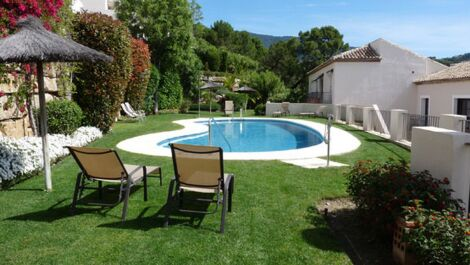 4 bedroom Townhouse for sale in Benahavis – R3657941