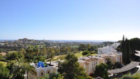 Apartamento de 2 dormitorios en venta en La Quinta – R3552670 en