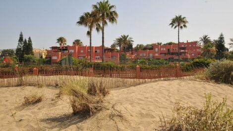 Apartamento de 3 dormitorios en venta en El Rosario – R3674738 en