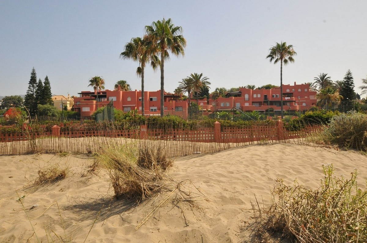 Apartamento de 3 dormitorios en venta en El Rosario – R3674738