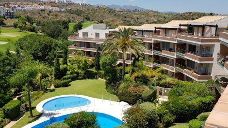 Atico de 3 dormitorios en venta en Riviera del Sol – R3650813 en
