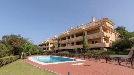 Apartamento de 4 dormitorios en venta en Sotogrande Alto – R3636551 en