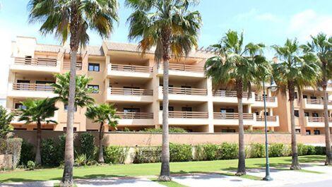 Apartamento de 2 dormitorios en venta en Sotogrande Puerto – R3622784 in