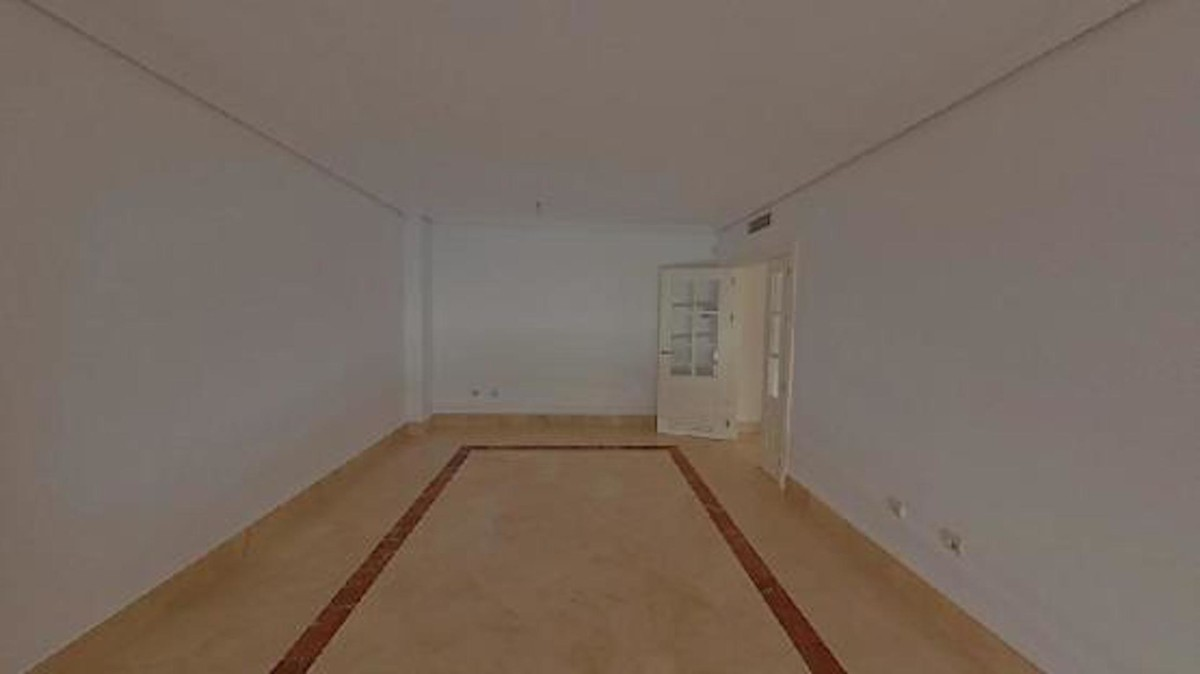 Apartamento de 2 dormitorios en venta en Sotogrande Puerto – R3622784