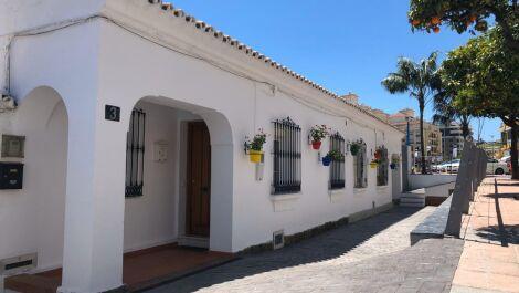 2 bedroom Semi-detached for sale in Estepona – R3632948