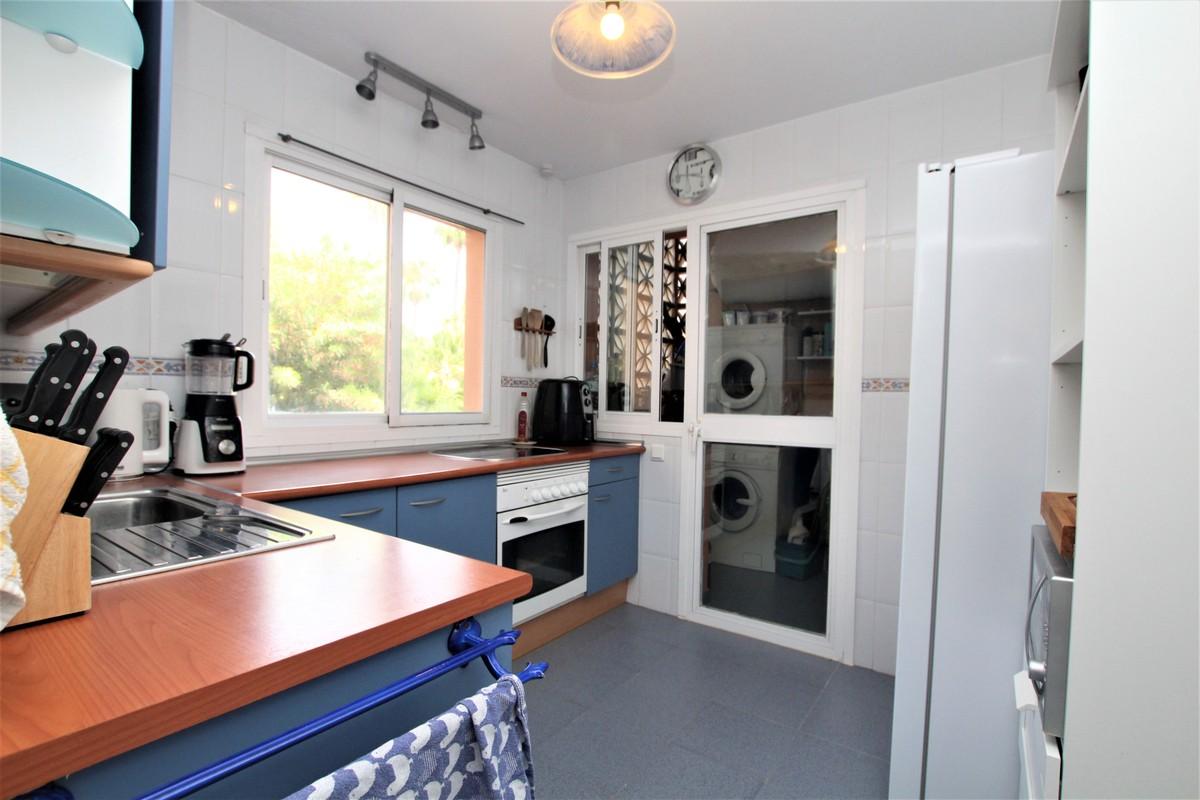 3 bedroom Apartment for sale in Carib Playa – R3664232