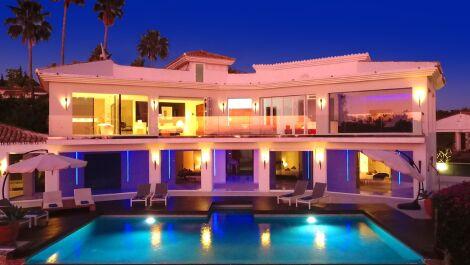 6 bedroom Villa for sale in Hacienda Las Chapas – R3668999