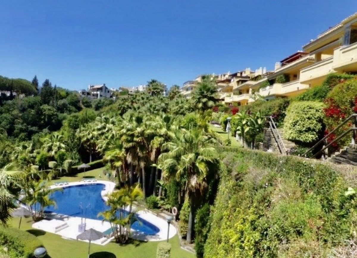 2 bedroom Apartment for sale in Sierra Blanca – R3575923
