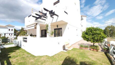 Apartamento de 2 dormitorios en venta en Selwo – R3619928 en