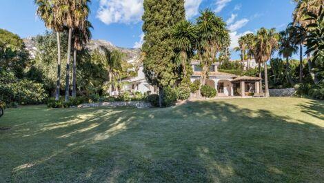 Villa de 5 dormitorios en venta en Sierra Blanca – R3640955 en