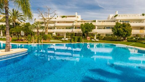 2 bedroom Apartment for sale in Las Brisas – R3584104 in