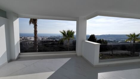 2 bedroom Apartment for sale in Estepona – R3645902