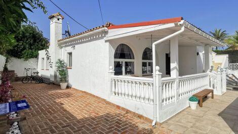 Villa de 4 dormitorios en venta en Marbesa – R3661283 en
