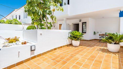 Adosado de 3 dormitorios en venta en Riviera del Sol – R3660920