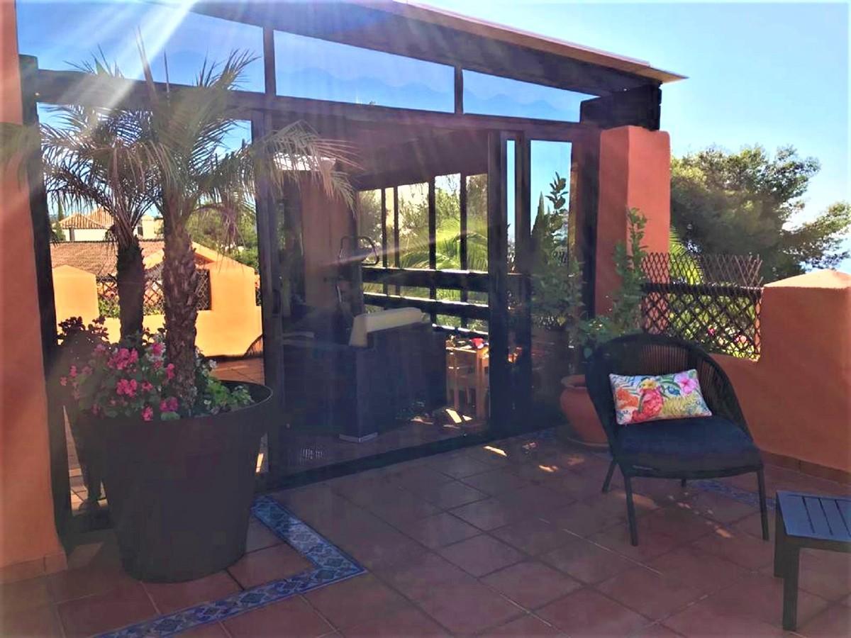 2 bedroom Penthouse for sale in Sierra Blanca – R3650540