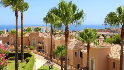 Villa de 4 dormitorios en venta en Riviera del Sol – R3662747 en