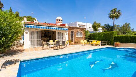 4 bedroom Villa for sale in Calahonda – R3629348