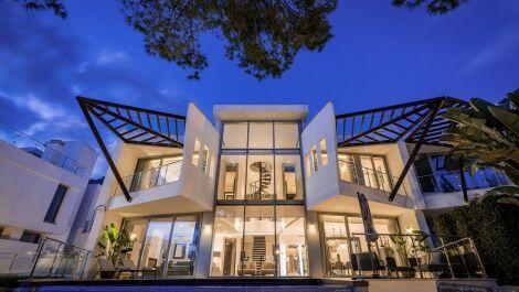 Villa de 4 dormitorios en venta en Sierra Blanca – R3660593 en