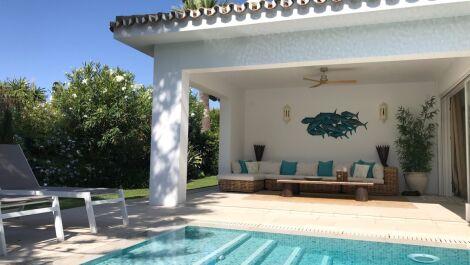 Villa de 4 dormitorios en venta en Los Monteros – R3629429 en