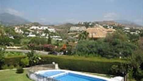 5 bedroom Villa for sale in Las Brisas – R3453847 in
