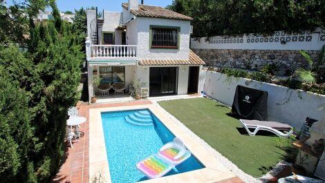 Villa de 4 dormitorios en venta en Calypso – R3542989 en