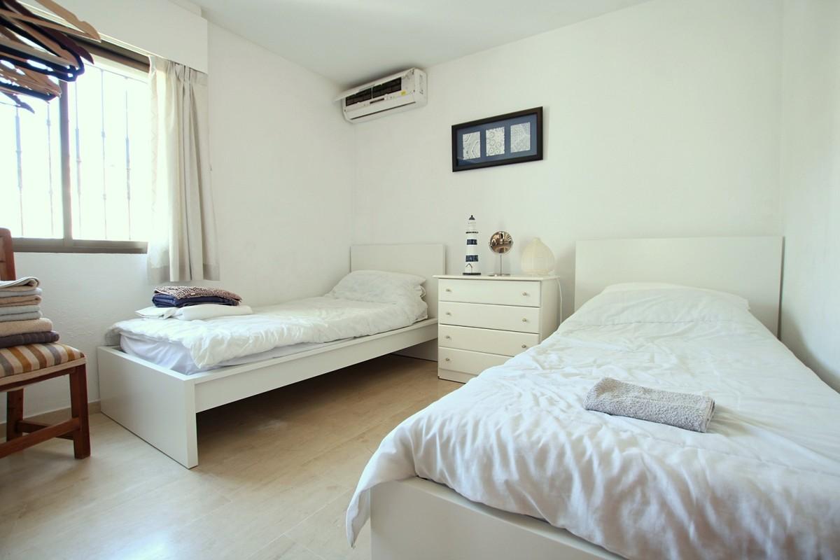 Villa de 4 dormitorios en venta en Calypso – R3542989