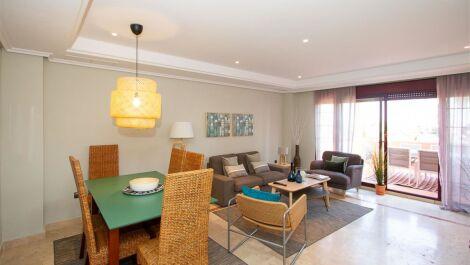 Atico de 3 dormitorios en venta en La Mairena – R3506398 en
