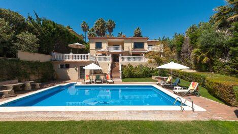 Villa de 5 dormitorios en venta en Sotogrande Costa – R2877329 en