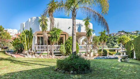 4 bedroom Villa for sale in Reserva de Marbella – R3325165 in