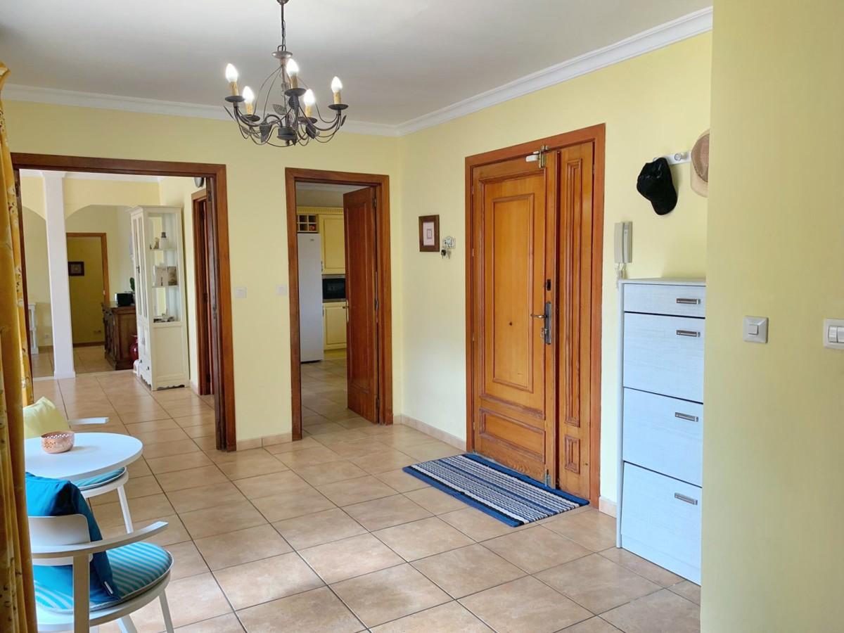 7 bedroom Villa for sale in Sotogrande – R3328423