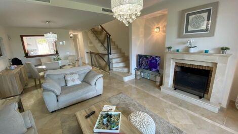 Adosado de 3 dormitorios en venta en Cabopino – R3507547