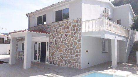 Villa de 3 dormitorios en venta en El Rosario – R3146653 en