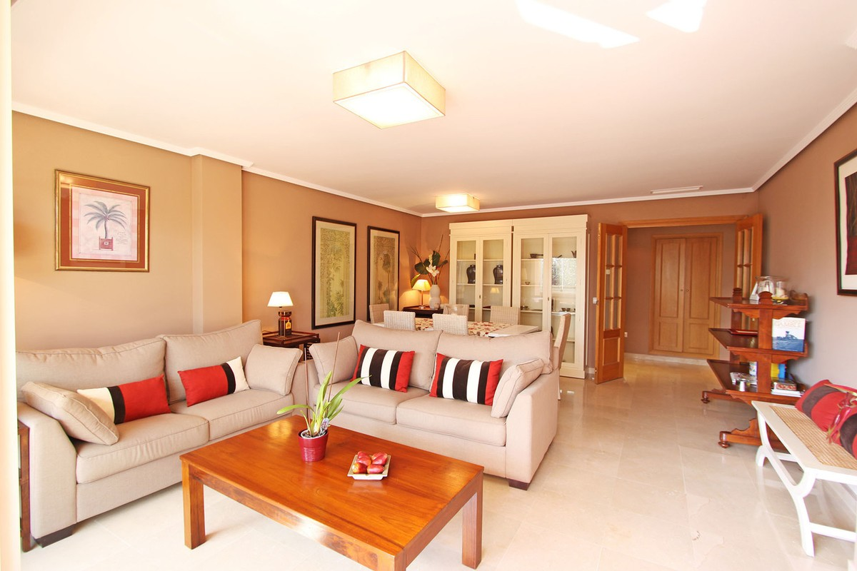 4 bedroom Penthouse for sale in Carib Playa – R3049933