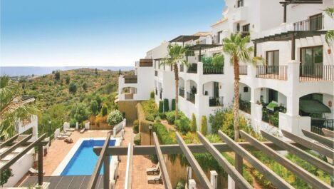 Apartamento de 3 dormitorios en venta en Los Monteros – R3446128 en