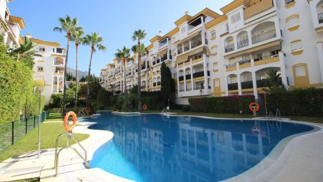 2 bedroom Apartment for sale in The Golden Mile – R3668651 in