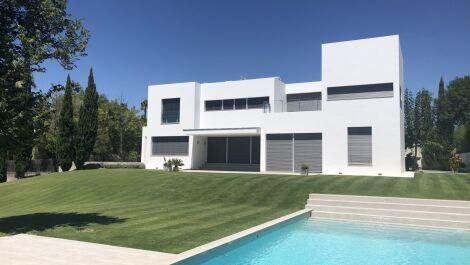Villa de 4 dormitorios en venta en Sotogrande Alto – R3607160 en