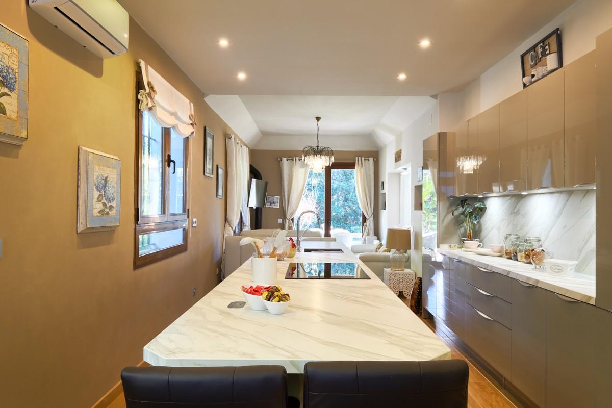 4 bedroom Villa for sale in Sotogrande Costa – R3689753