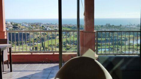 Atico de 3 dormitorios en venta en Los Flamingos – R3698846 en