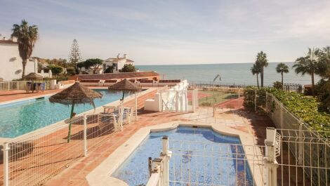 2 bedroom Penthouse for sale in Calahonda – R3693656 in